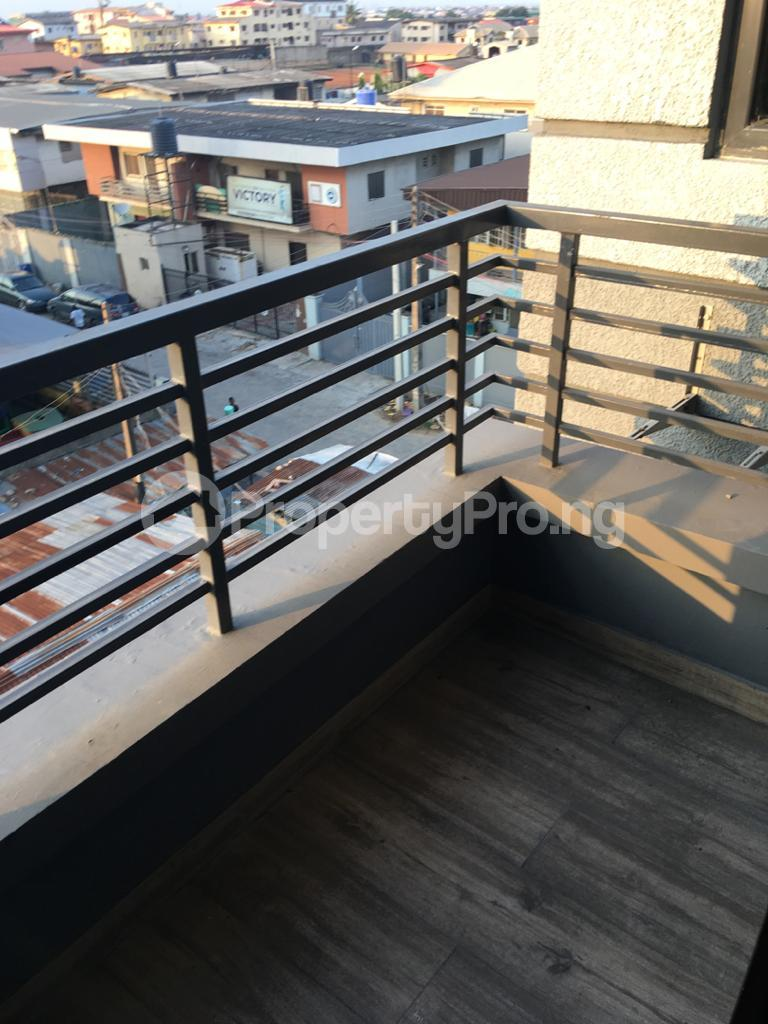 3 bedroom Flat / Apartment for rent Anthony Anthony Village Maryland Lagos - 4