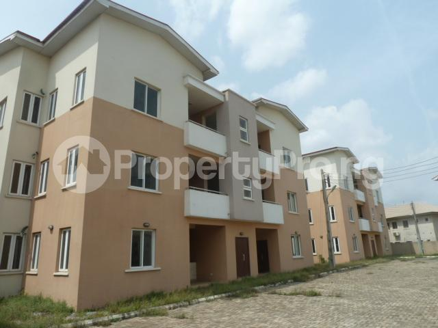 3 bedroom Boys Quarters Flat / Apartment for sale Shasha, at the back of Airport Airport Road Oshodi Lagos - 25