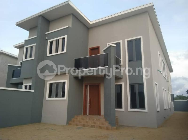 4 bedroom Semi Detached Duplex House for sale David's Creek Estate  Monastery road Sangotedo Lagos - 3