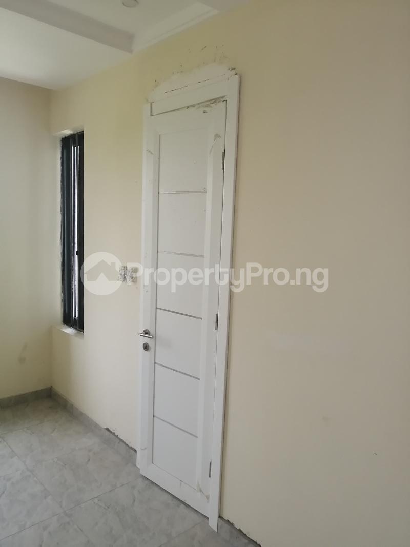 4 bedroom Semi Detached Duplex House for sale David's Creek Estate  Monastery road Sangotedo Lagos - 8