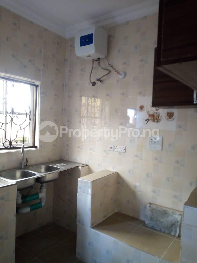 3 bedroom Detached Duplex House for rent Alalubosa Main Alalubosa Ibadan Oyo - 7
