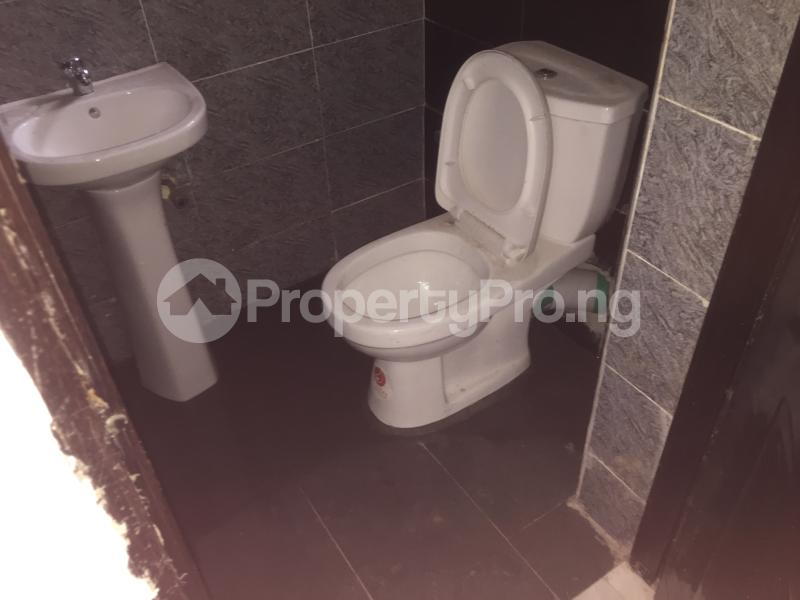 3 bedroom Flat / Apartment for rent Carter  Adekunle Yaba Lagos - 11