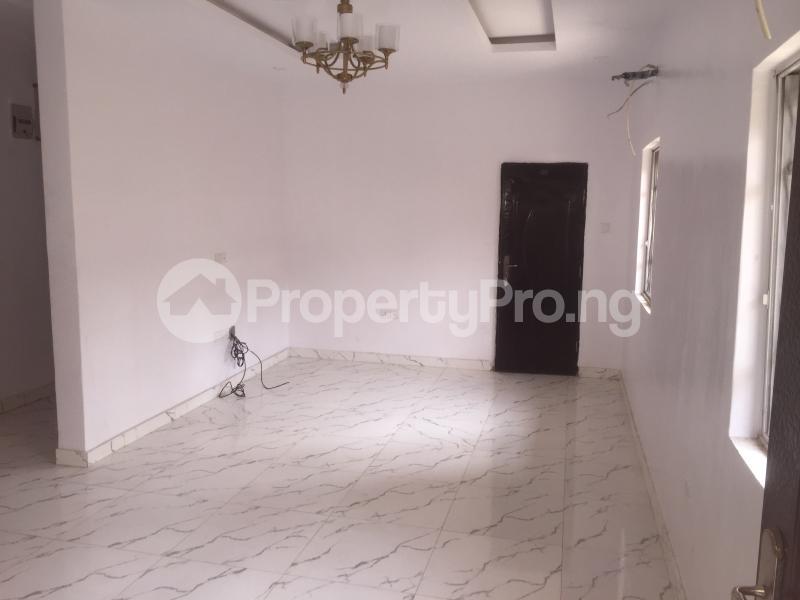 3 bedroom Flat / Apartment for rent Carter  Adekunle Yaba Lagos - 2