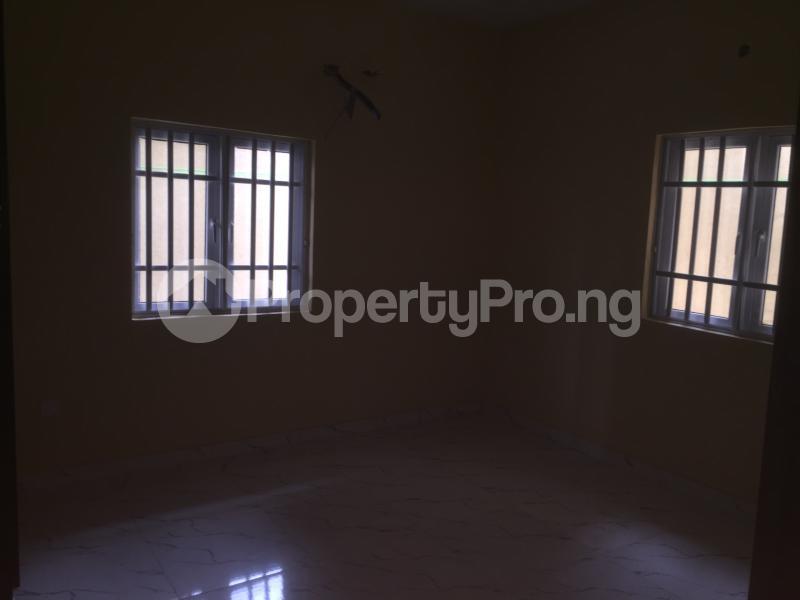 3 bedroom Flat / Apartment for rent Carter  Adekunle Yaba Lagos - 5