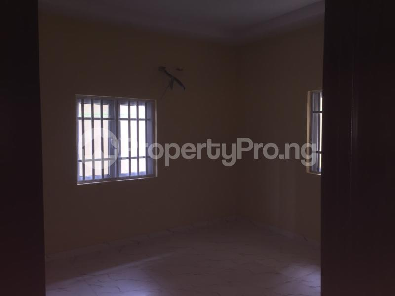 3 bedroom Flat / Apartment for rent Carter  Adekunle Yaba Lagos - 4