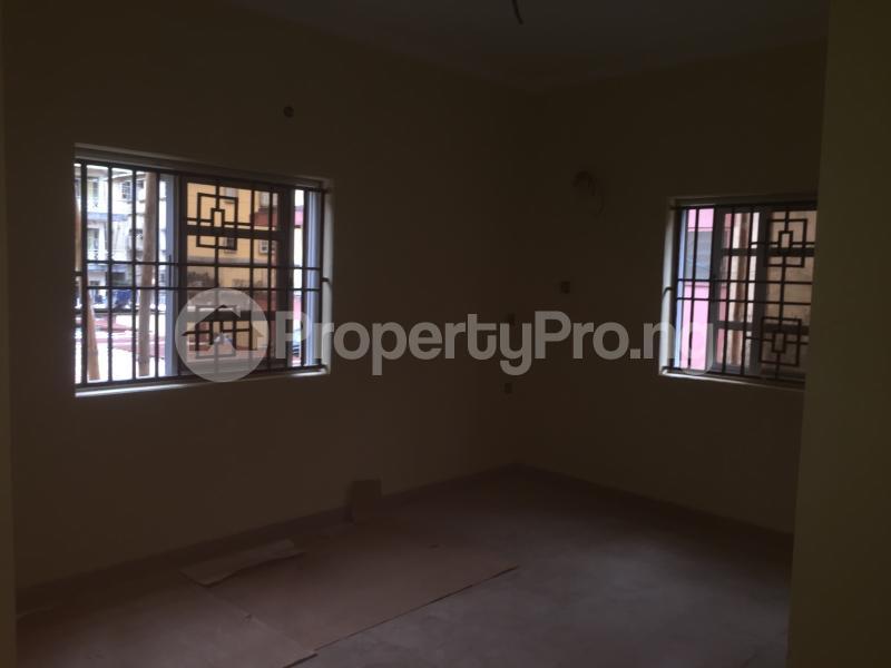 3 bedroom Flat / Apartment for rent Onike  Onike Yaba Lagos - 2