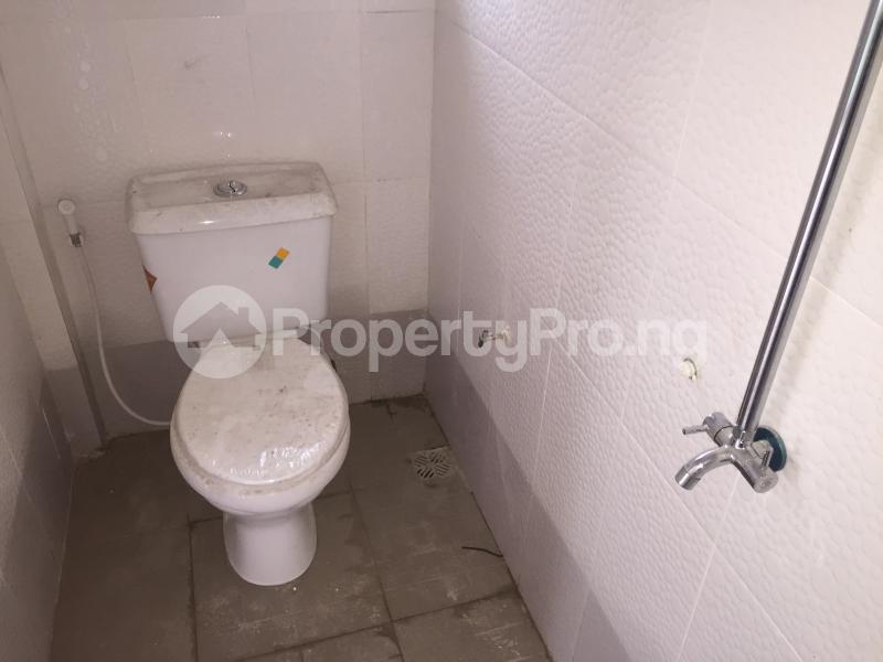 3 bedroom Flat / Apartment for rent ALAKA  Abule-Ijesha Yaba Lagos - 9