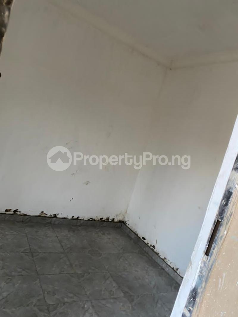 1 bedroom Self Contain for rent Onike Yaba Onike Yaba Lagos - 1
