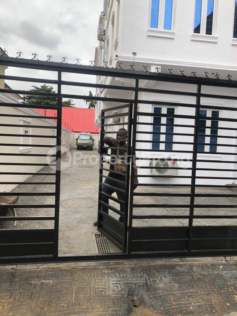2 bedroom Flat / Apartment for rent Unity Estate By Unity Lane Egbeda Alimosho Lagos - 17