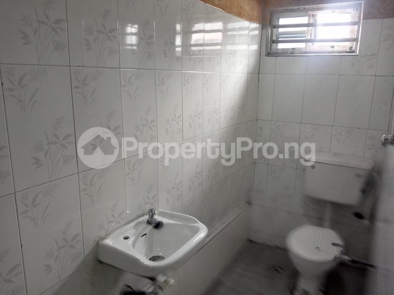 3 bedroom Shared Apartment Flat / Apartment for rent Off Staduim Road Obia-Akpor Port Harcourt Rivers - 11
