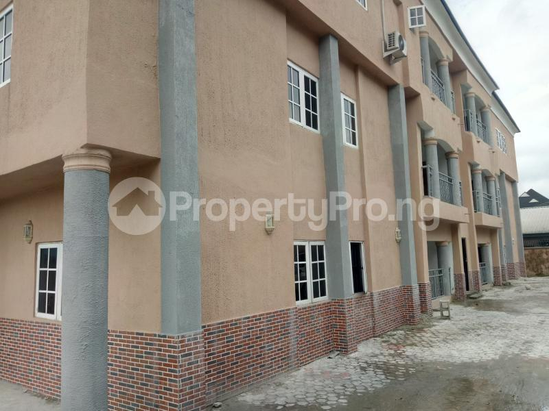 3 bedroom Shared Apartment Flat / Apartment for rent Off Staduim Road Obia-Akpor Port Harcourt Rivers - 16