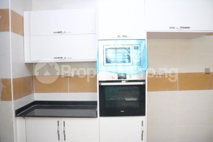 4 bedroom Semi Detached Duplex House for sale Chevron Lekki Lagos - 24