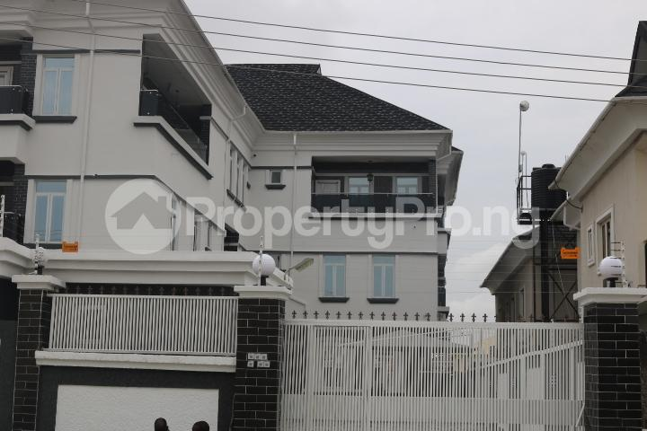 3 bedroom Terraced Duplex House for rent Lekki Phase 1 Lekki Lagos - 1