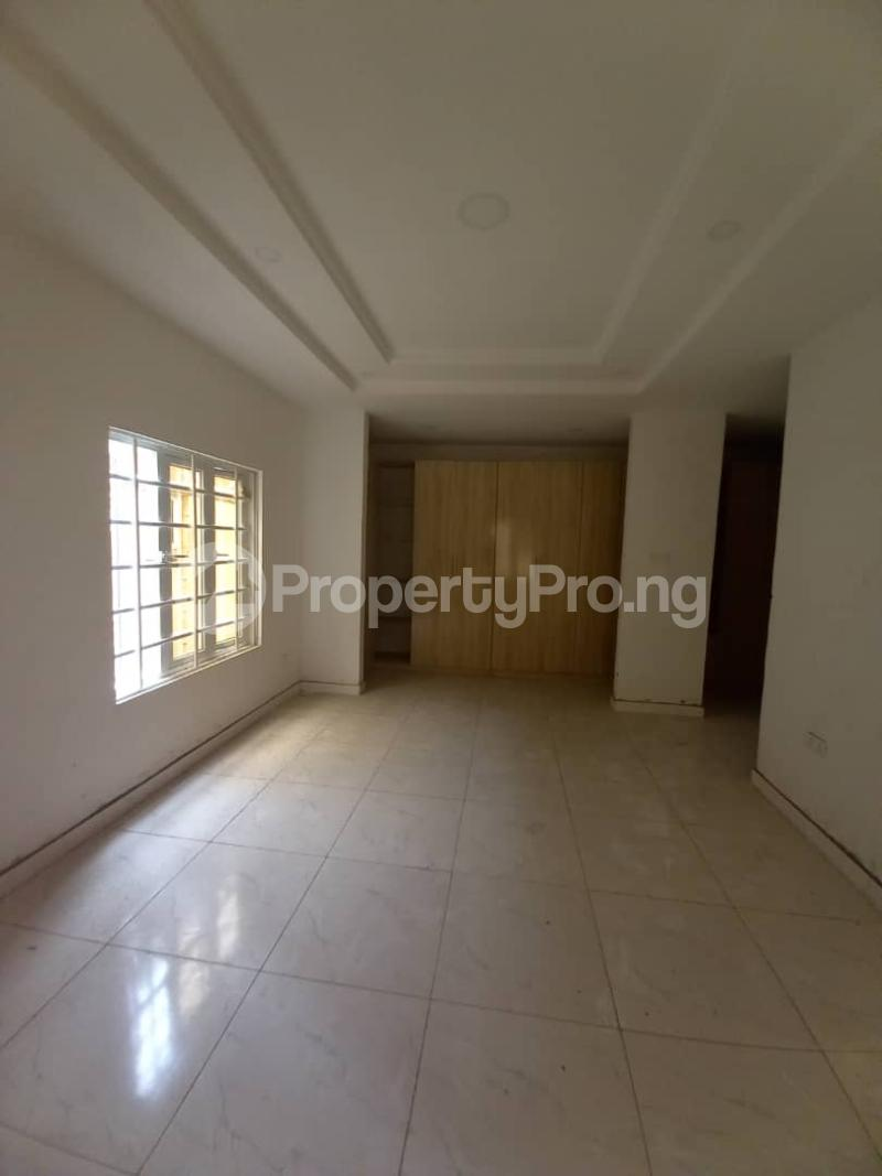 4 bedroom House for sale Phase 1 Gbagada Lagos - 5