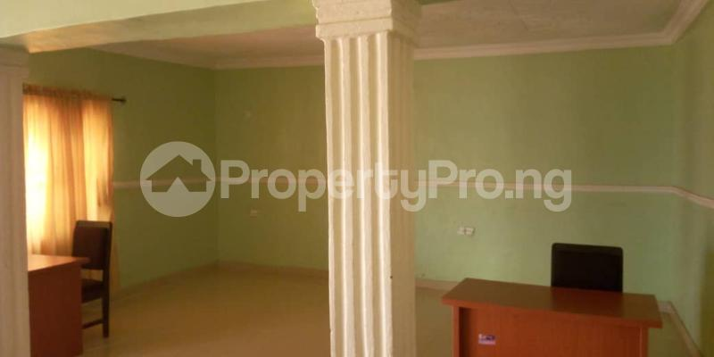 10 bedroom Hotel/Guest House Commercial Property for sale Ilesha Road Osogbo Osun - 0