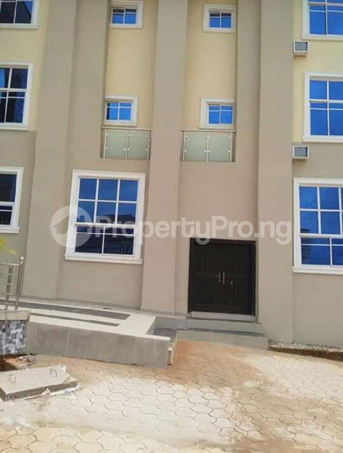 10 bedroom Hotel for sale Beside Maryland estate Enugu state. Enugu Enugu - 3