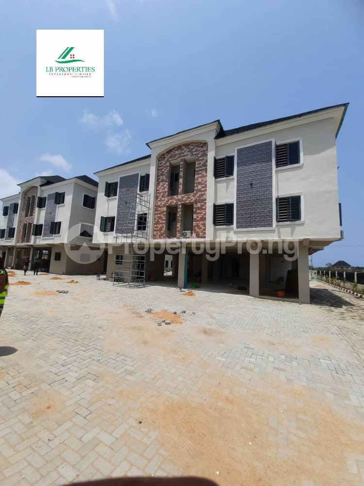 2 bedroom Flat / Apartment for sale 2nd toll gate  Lekki Phase 2 Lekki Lagos - 1