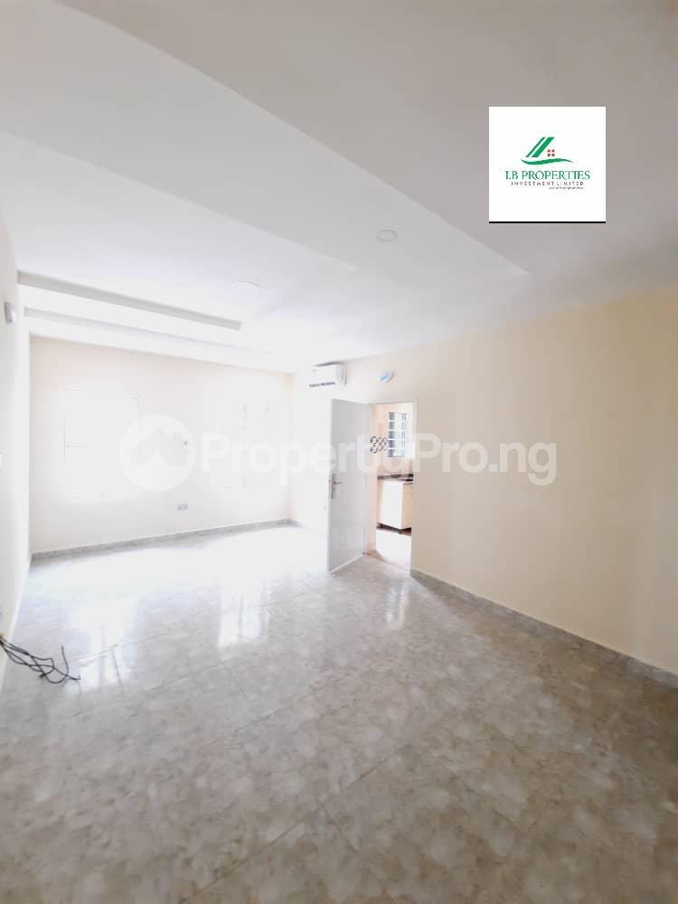 2 bedroom Flat / Apartment for sale 2nd toll gate  Lekki Phase 2 Lekki Lagos - 5