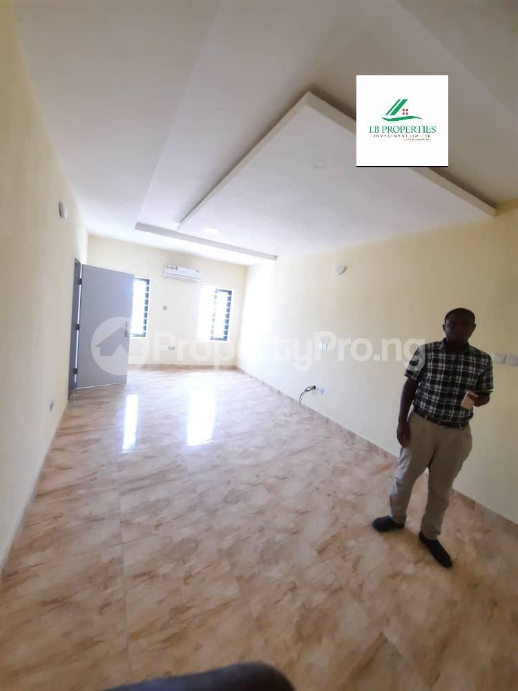2 bedroom Flat / Apartment for sale 2nd toll gate  Lekki Phase 2 Lekki Lagos - 2