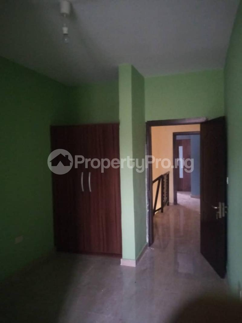 3 bedroom Flat / Apartment for rent Cornal Road  Jibowu Yaba Lagos - 6