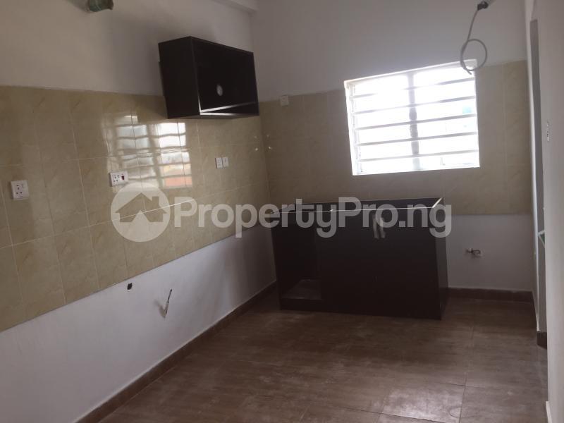 3 bedroom Flat / Apartment for sale Alagomeji Alagomeji Yaba Lagos - 4