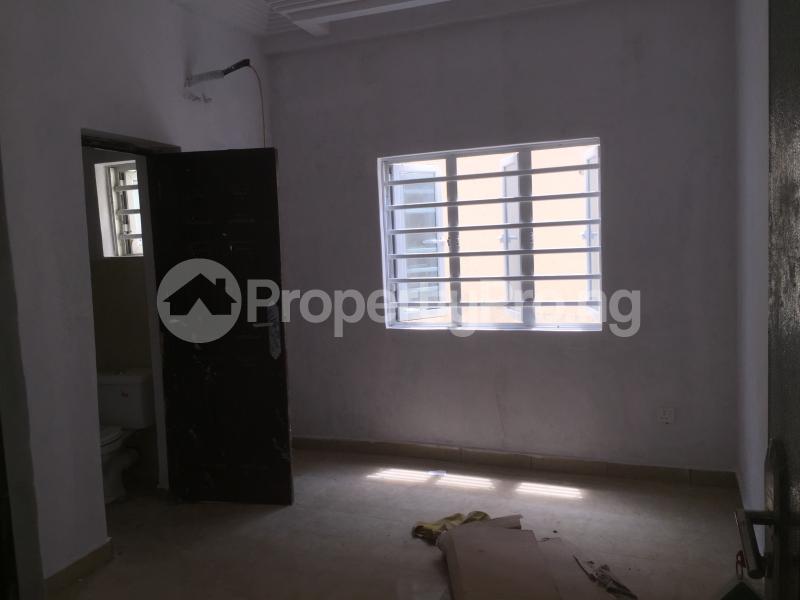 3 bedroom Flat / Apartment for sale Alagomeji Alagomeji Yaba Lagos - 5