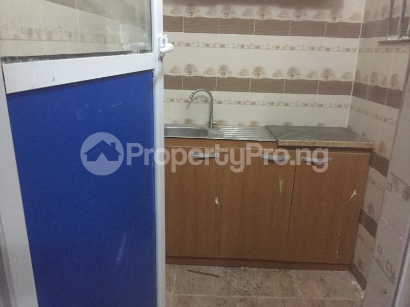 Mini flat Flat / Apartment for rent Finbars Road  Akoka Yaba Lagos - 7