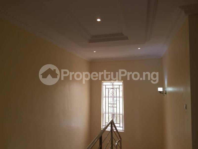 5 bedroom Detached Duplex House for sale New GRA Enugu Enugu - 4