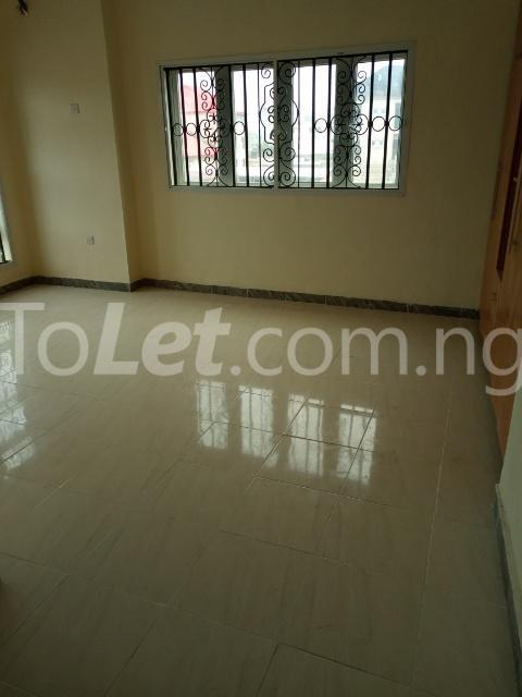 2 bedroom Flat / Apartment for rent Off orchid road, Lafiaji Ikota Lekki Lagos - 3