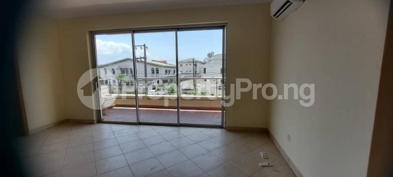 3 bedroom Blocks of Flats for rent Osbourne Phase 1 Estate Ikoyi Lagos State. Osborne Foreshore Estate Ikoyi Lagos - 3