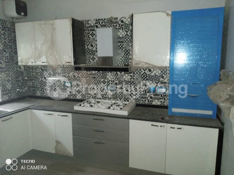 5 bedroom Shared Apartment for rent Atunrase Medina Gbagada Lagos - 2