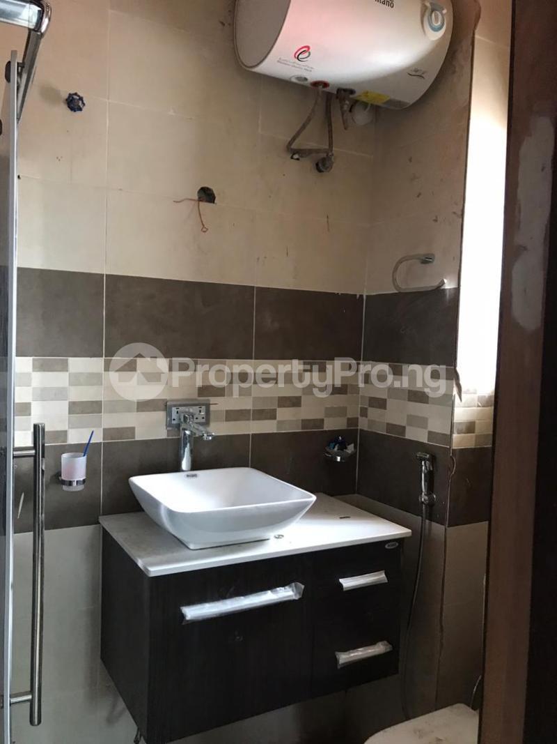 5 bedroom Shared Apartment for rent Atunrase Medina Gbagada Lagos - 6