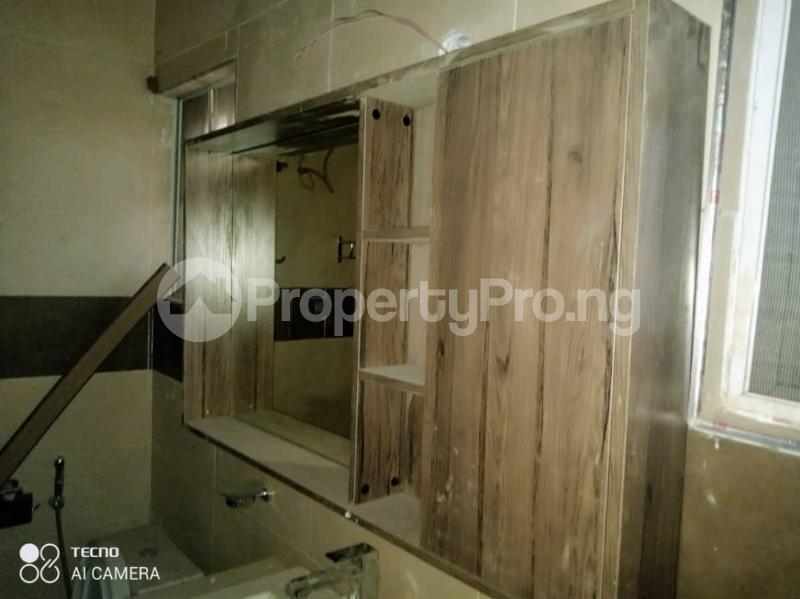 5 bedroom Shared Apartment for rent Atunrase Medina Gbagada Lagos - 8