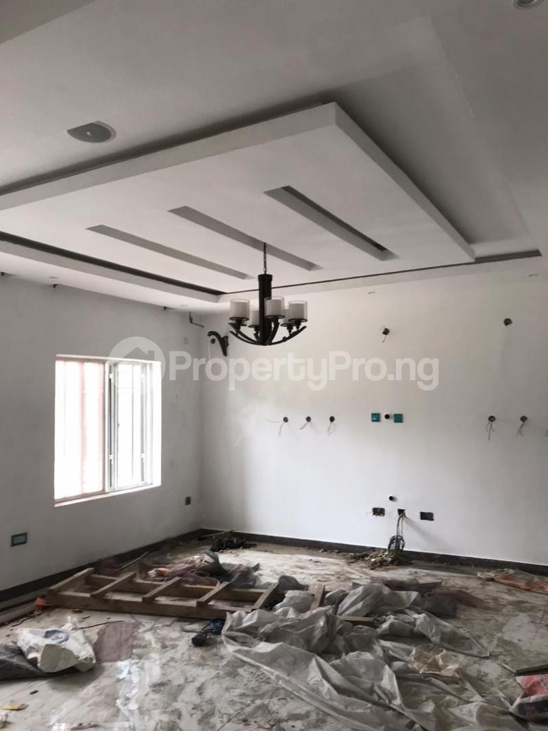 5 bedroom Shared Apartment for rent Atunrase Medina Gbagada Lagos - 5