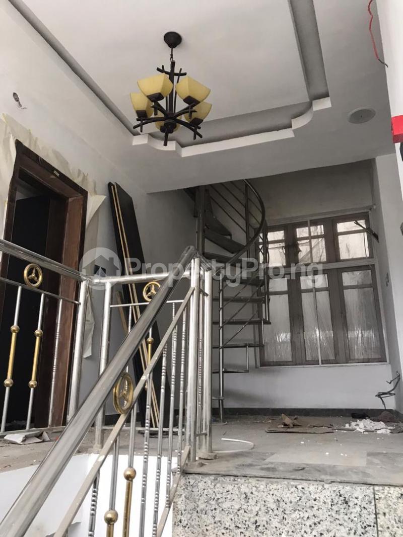 5 bedroom Shared Apartment for rent Atunrase Medina Gbagada Lagos - 4