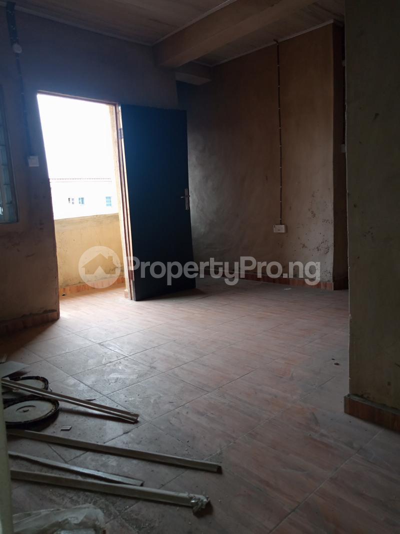 2 bedroom Mini flat for rent Ebute Metta Adekunle Yaba Lagos - 4