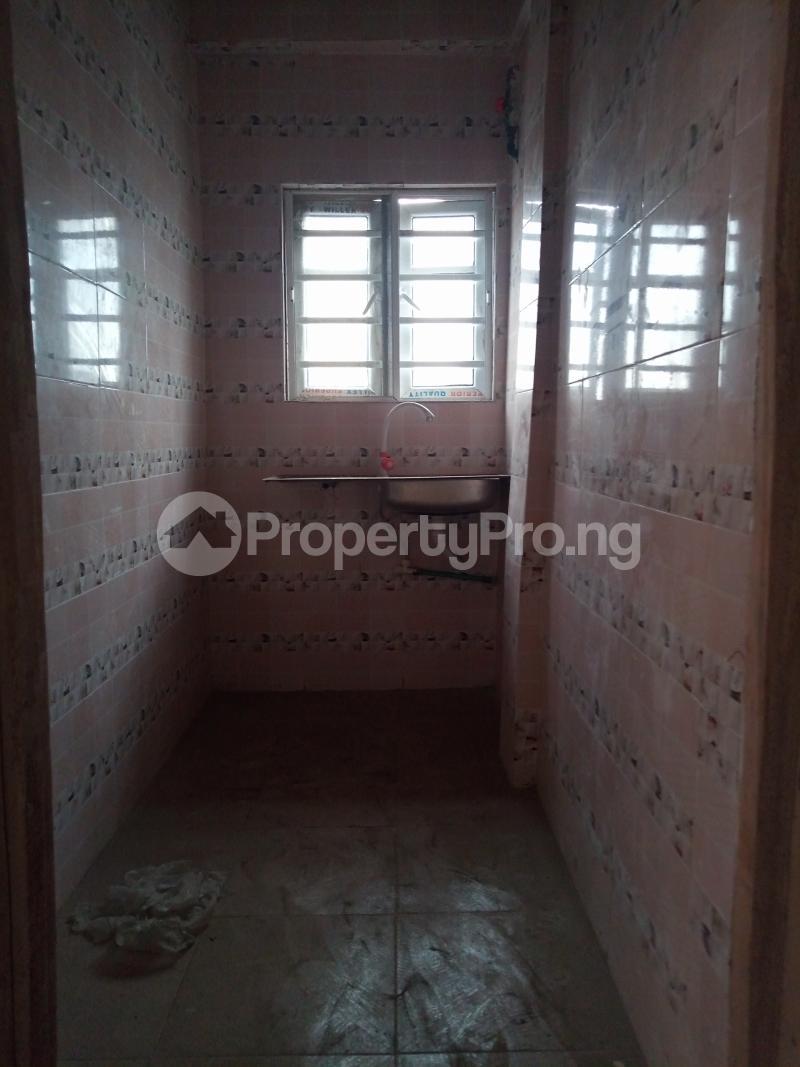 2 bedroom Mini flat for rent Ebute Metta Adekunle Yaba Lagos - 3