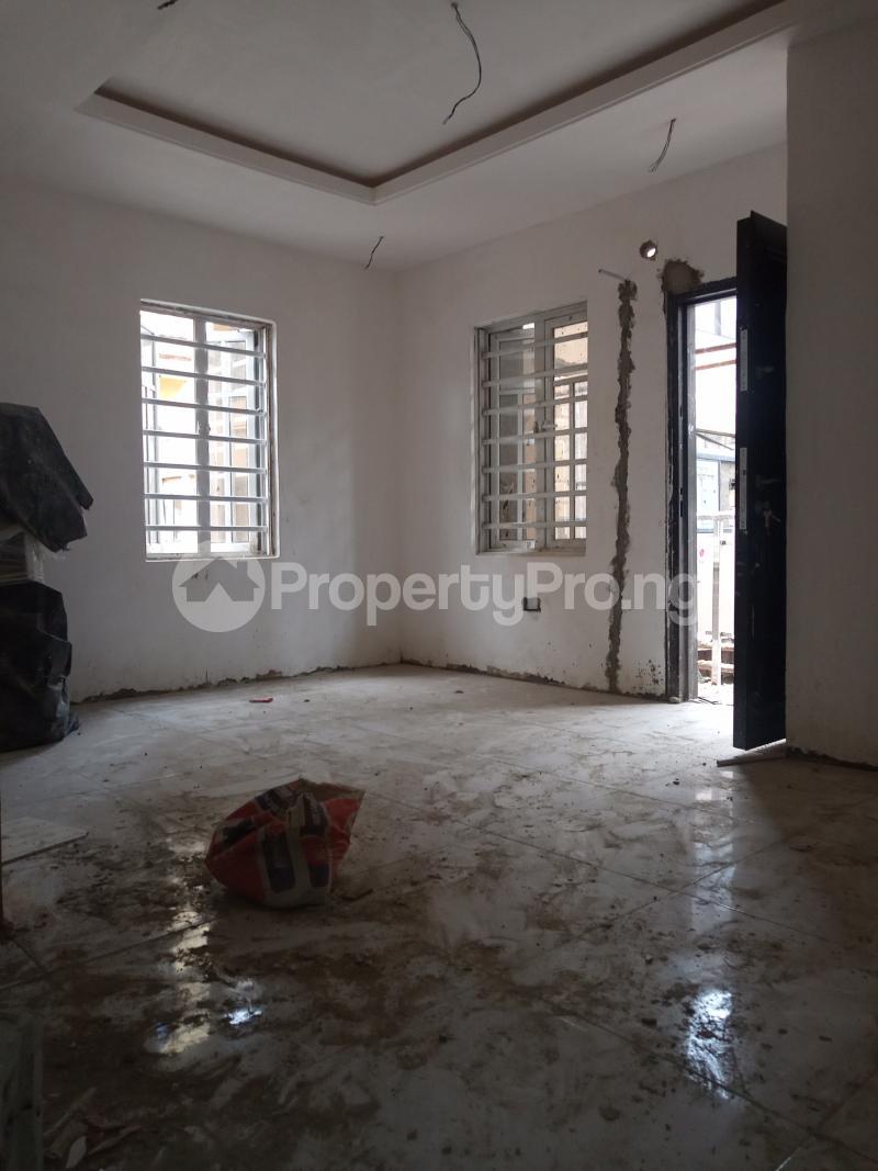 1 bedroom Mini flat for rent Adekunle Alagomeji Yaba Lagos - 2