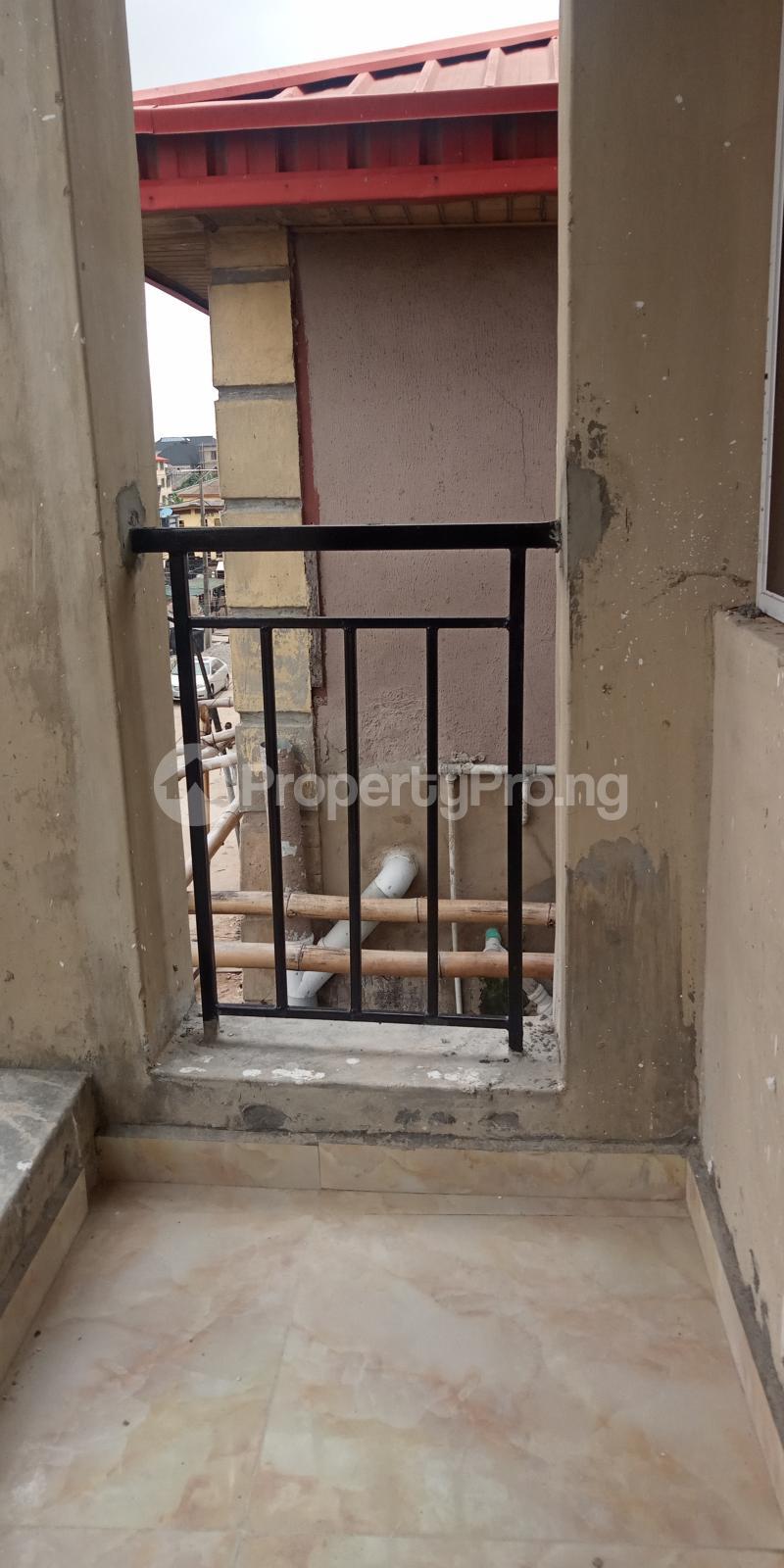 1 bedroom Mini flat for rent Adekunle Ebute Metta Yaba Lagos - 5
