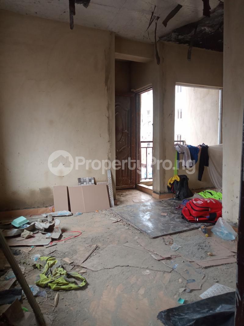 1 bedroom Mini flat for rent Adekunle Ebute Metta Yaba Lagos - 2
