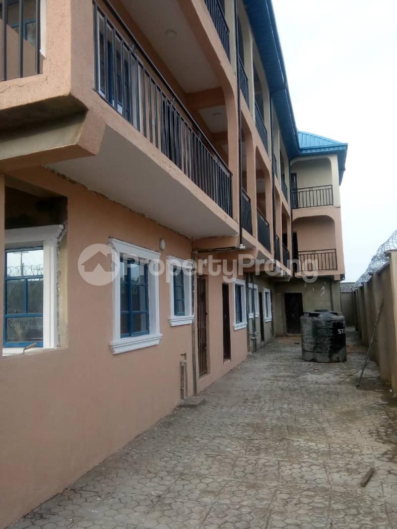 1 bedroom mini flat  Mini flat Flat / Apartment for rent Araromi Igando Ikotun/Igando Lagos - 3