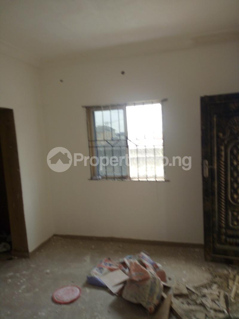 1 bedroom mini flat  Mini flat Flat / Apartment for rent Obanikoro Shomolu Lagos - 4