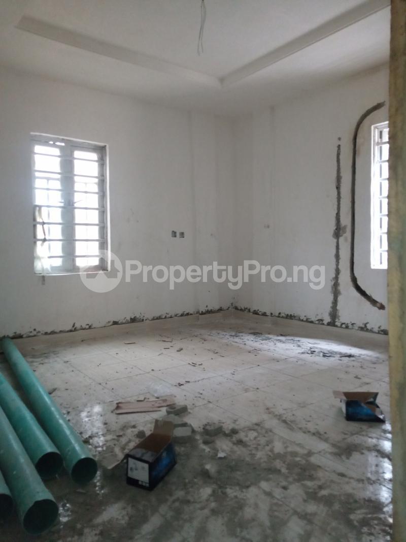 1 bedroom Mini flat for rent Alagomeji Adekunle Yaba Lagos - 1