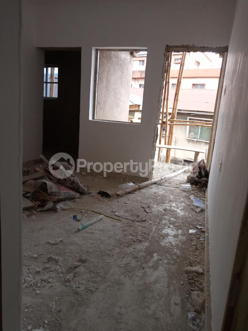 1 bedroom Mini flat for rent Pedro Gbagada Palmgroove Shomolu Lagos - 2