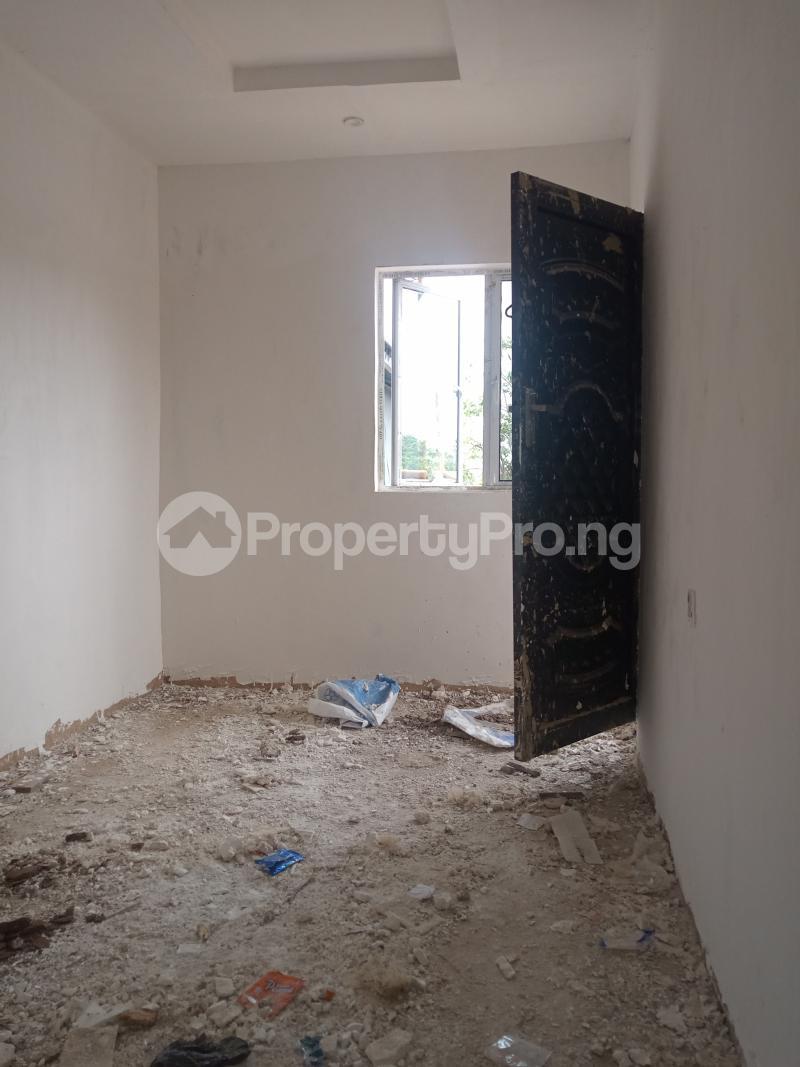 1 bedroom Mini flat for rent Onike Onike Yaba Lagos - 3