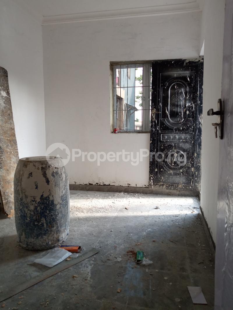 1 bedroom Mini flat for rent Onike Sabo Yaba Lagos - 2