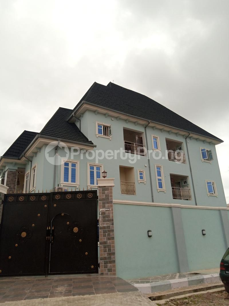 1 bedroom mini flat  Flat / Apartment for rent Off century bus stop Ago palace Okota Lagos - 5