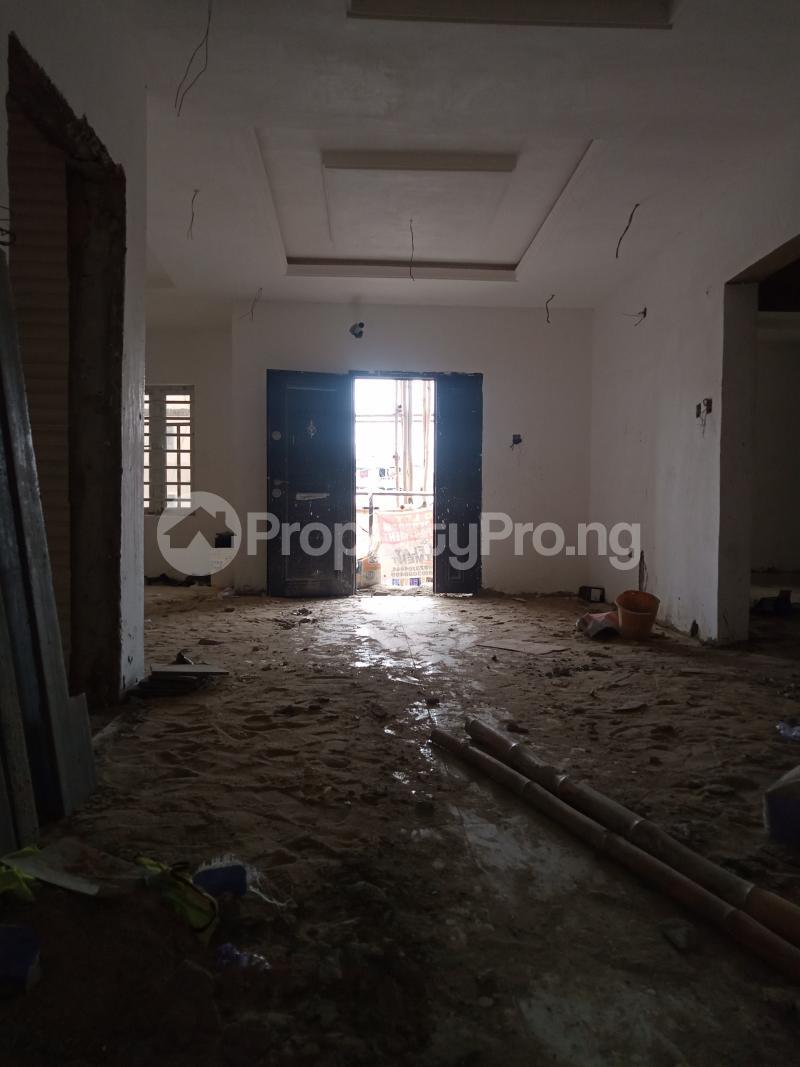 1 bedroom Mini flat for rent Alagomeji Adekunle Yaba Lagos - 2