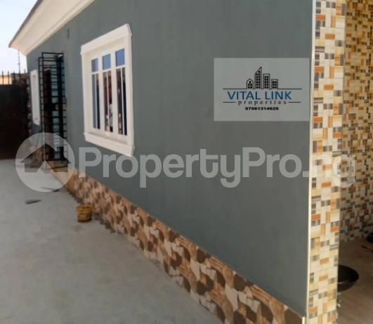 1 bedroom Mini flat for rent Federal Housing Estate Osogbo Osun - 1