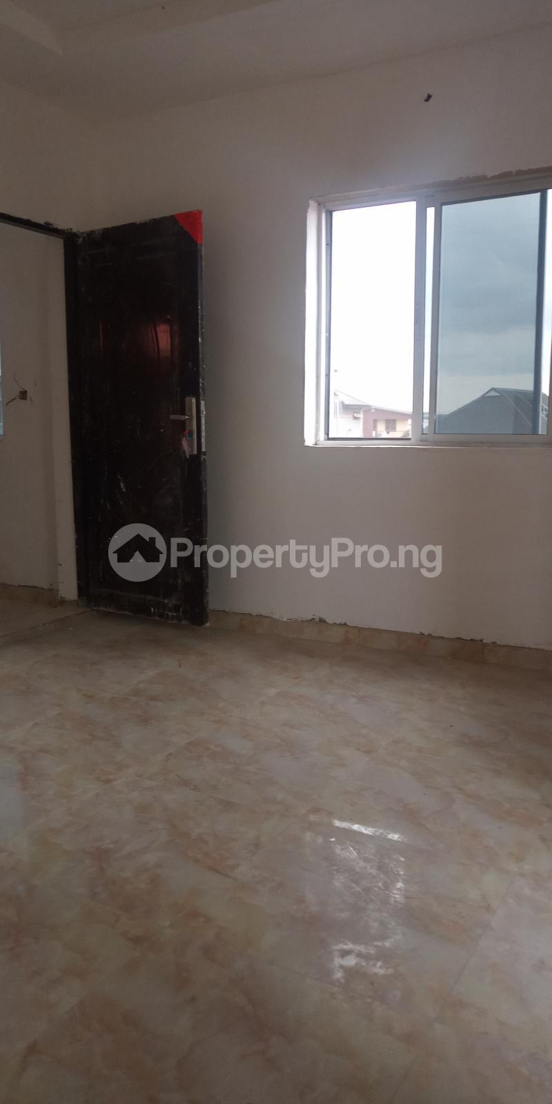 1 bedroom Mini flat for rent Adekunle Ebute Metta Yaba Lagos - 4